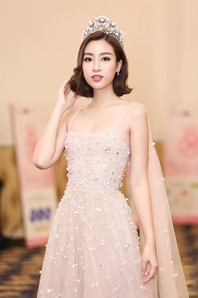 Dám làm điều mà nhiều Hoa hậu ngại ngần, Mỹ Linh và Jolie Nguyễn đều thăng hạng phong cách vù vù! - Ảnh 2.