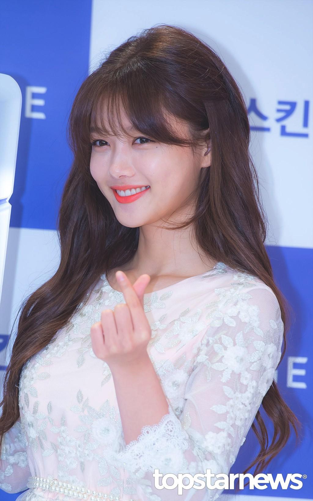 Kim Yoo Jung chính thức trở lại sau 2 năm: Xinh đến nỗi fan chỉ muốn lịm đi! - Ảnh 7.