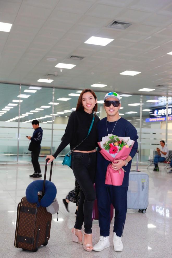 Ưng Hoàng Phúc - Kim Cương ngọt ngào khóa môi tại Hàn Quốc - Ảnh 1.