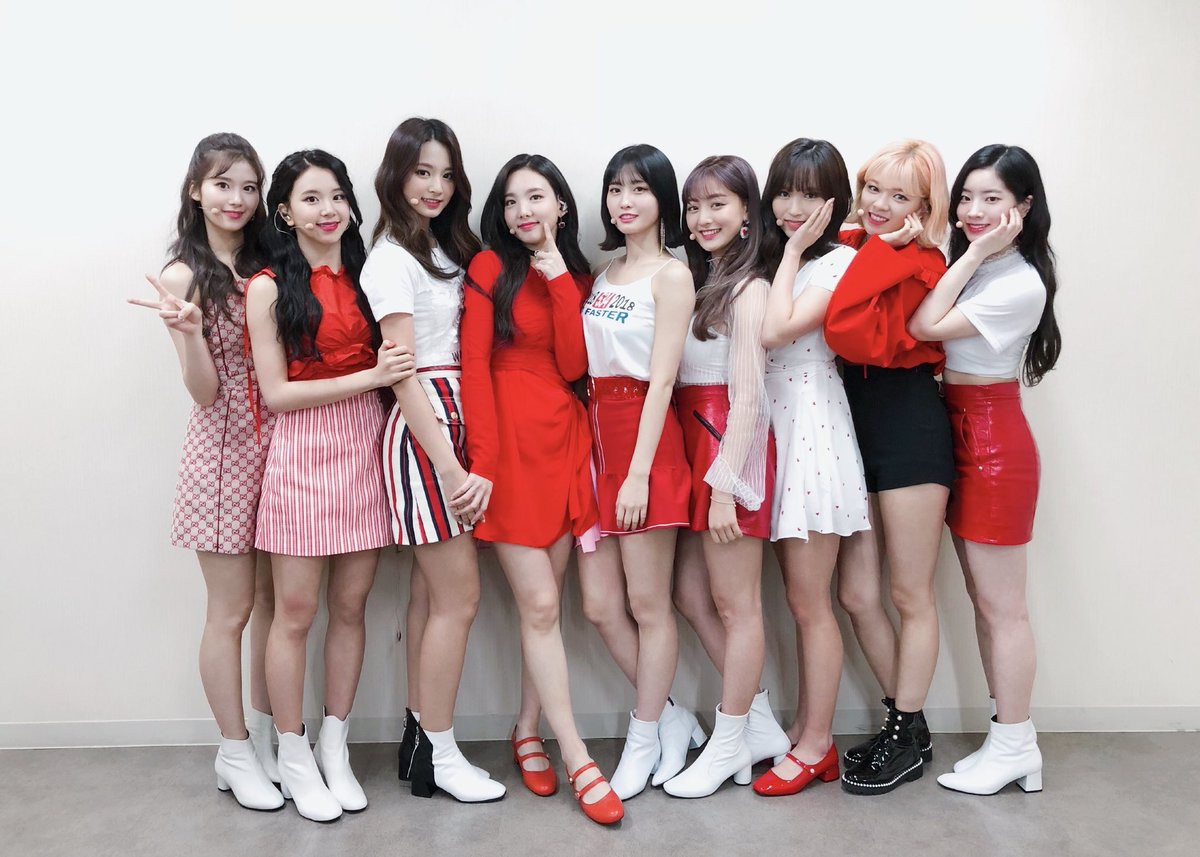 Nếu idolgroup này cũng comeback, Kpop tháng 11 sẽ là cuộc hỗn chiến nghìn năm có một - Ảnh 1.