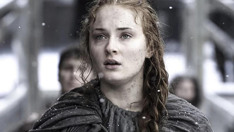 Từ mật mã tới... máy diệt drone: 1001 chiêu công phu mà Game of Thrones chống lộ kịch bản mùa 8 - Ảnh 1.