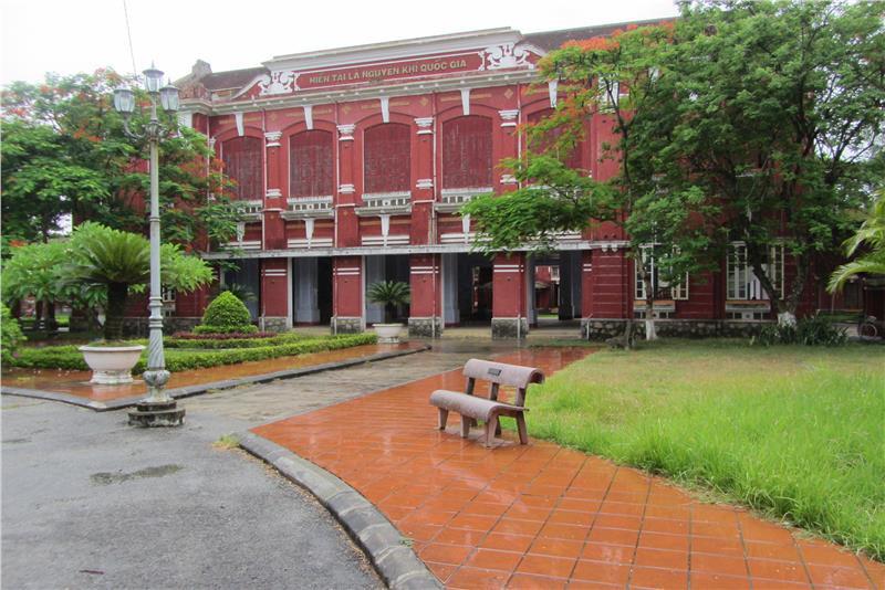 Ở miền Trung có 1 ngôi trường cấp 3 kiến trúc đẹp như châu Âu, đứng vào góc nào cũng ra ảnh nghìn like - Ảnh 16.