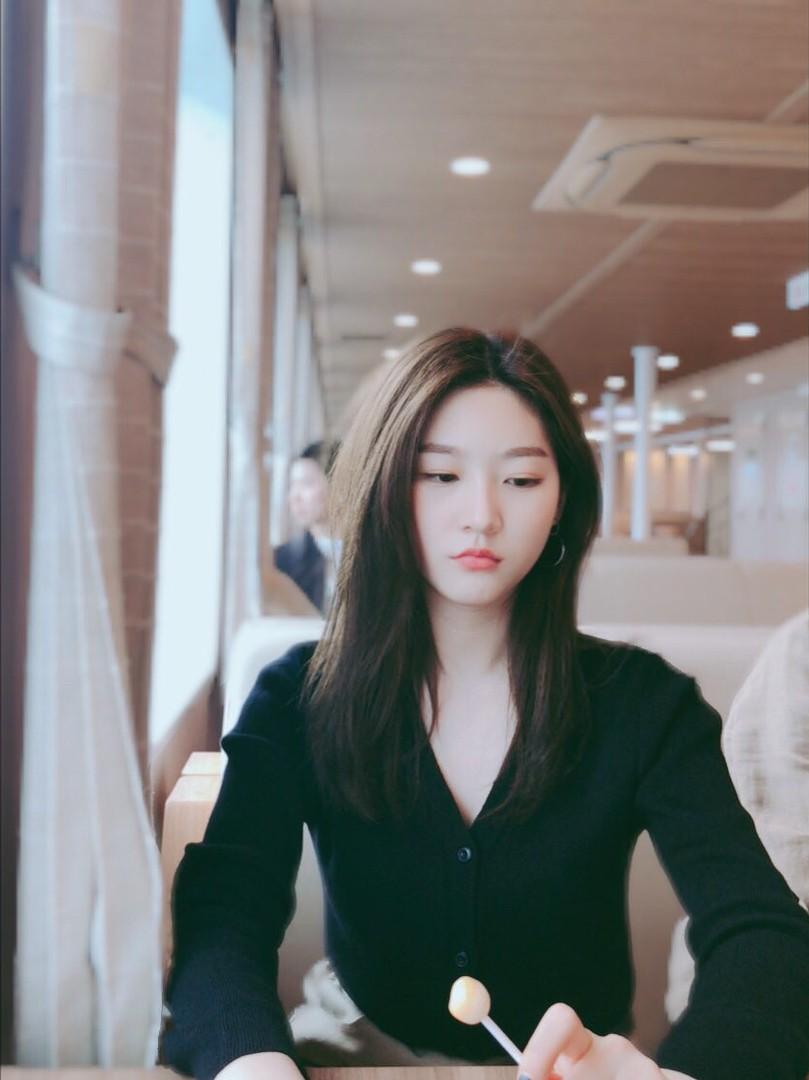 Kim Sae Ron: Sao nhí từng 2 lần đi thảm đỏ Cannes, nhan sắc Kim Yoo Jung, Kim So Hyun cũng phải kiêng dè - Ảnh 23.