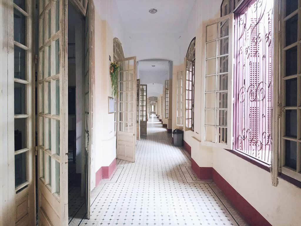 Ở miền Trung có 1 ngôi trường cấp 3 kiến trúc đẹp như châu Âu, đứng vào góc nào cũng ra ảnh nghìn like - Ảnh 13.
