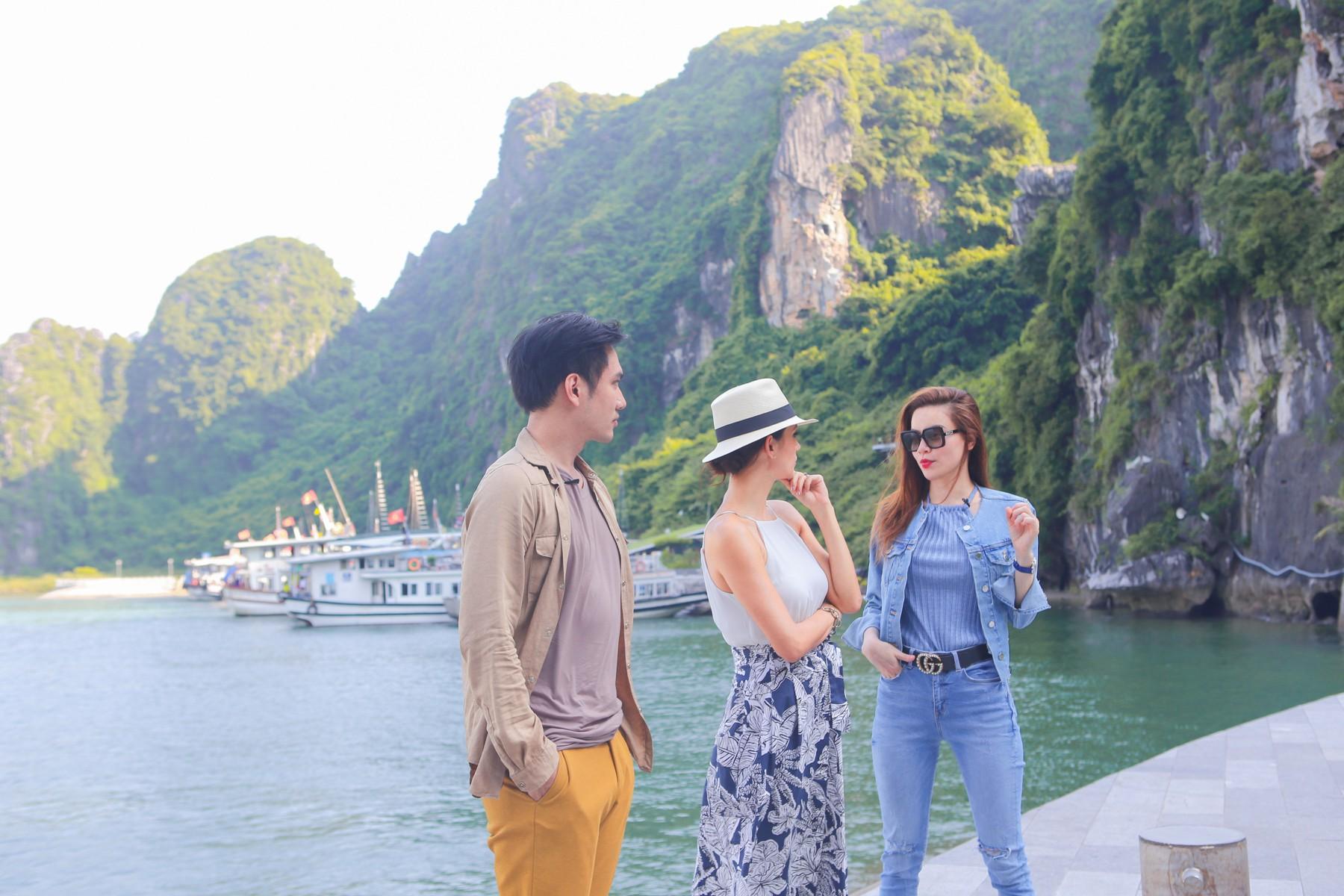 Host Asias Next Top Model trầm trồ về vịnh Hạ Long khi du lịch cùng Hồ Ngọc Hà - Ảnh 4.