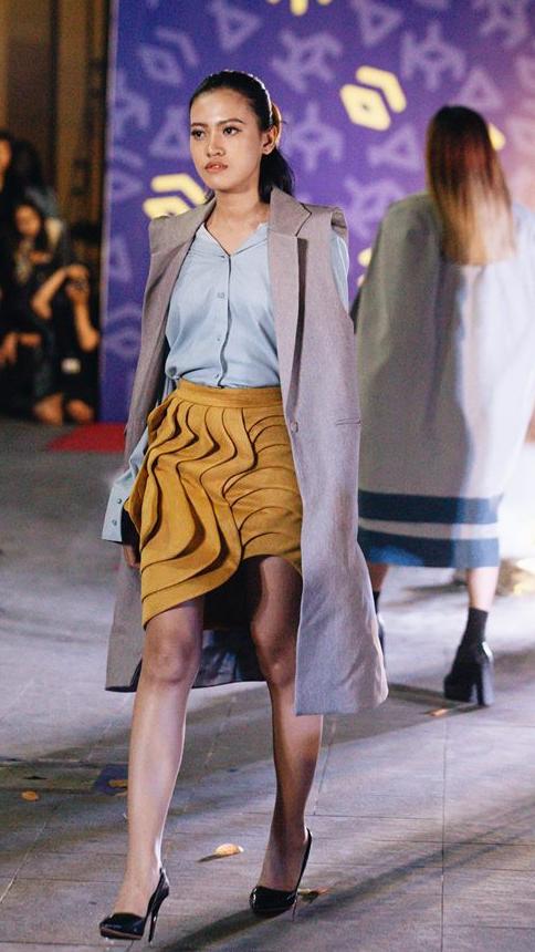 Đã mắt với những thiết kế ấn tượng không thua kém bất cứ sàn diễn quốc tế nào của sinh viên Thiết kế Thời trang, Đại học Kiến trúc Thành phố Hồ Chí Minh - Ảnh 19.