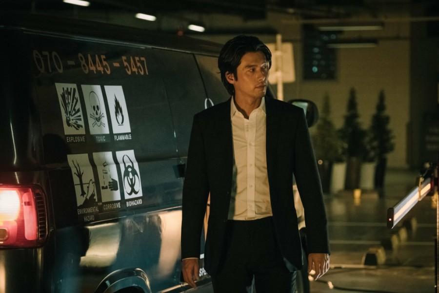Fan Hyun Bin quá hạnh phúc: 2 bom tấn Hàn đổ bộ rạp Việt cuối 2018 đều có anh đóng chính! - Ảnh 4.