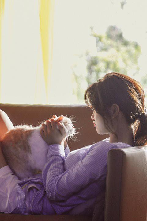 Ảnh hậu trường không còn gì để nói của Kim Yoo Jung: Nhan sắc của thiếu nữ 19 tuổi đẹp nhất xứ Hàn là đây! - Ảnh 5.