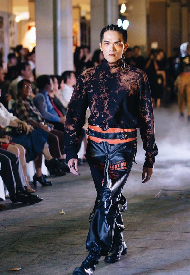 Đã mắt với những thiết kế ấn tượng không thua kém bất cứ sàn diễn quốc tế nào của sinh viên Thiết kế Thời trang, Đại học Kiến trúc Thành phố Hồ Chí Minh - Ảnh 43.