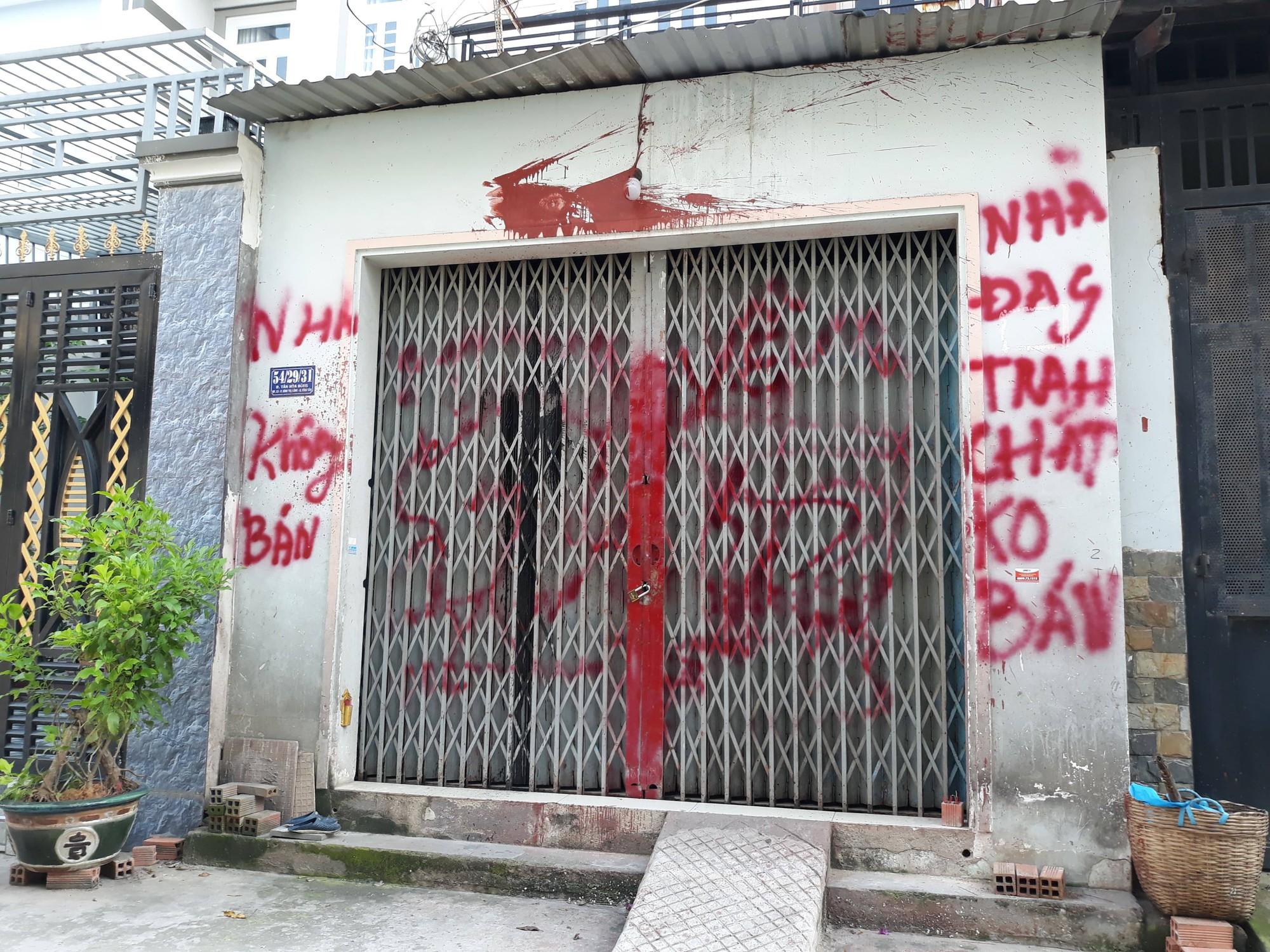 Cô giáo tiểu học ở Sài Gòn viết đơn xin giang hồ cho đi dạy - Ảnh 1.