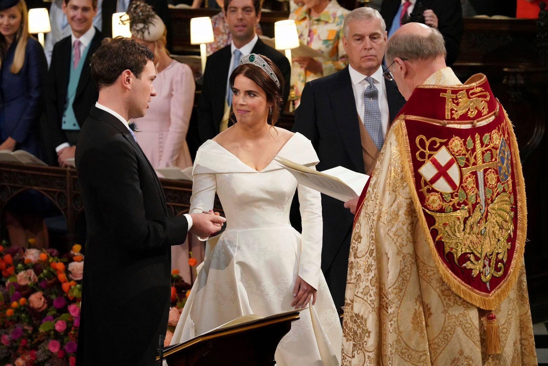 Những hình ảnh trong đám cưới cổ tích của Công chúa Eugenie - cháu gái Nữ hoàng Anh - Ảnh 15.