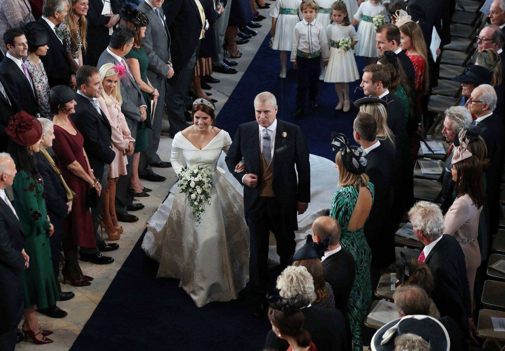 Những hình ảnh trong đám cưới cổ tích của Công chúa Eugenie - cháu gái Nữ hoàng Anh - Ảnh 8.