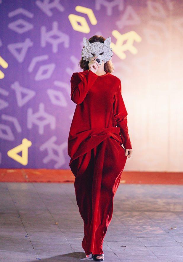 Đã mắt với những thiết kế ấn tượng không thua kém bất cứ sàn diễn quốc tế nào của sinh viên Thiết kế Thời trang, Đại học Kiến trúc Thành phố Hồ Chí Minh - Ảnh 29.