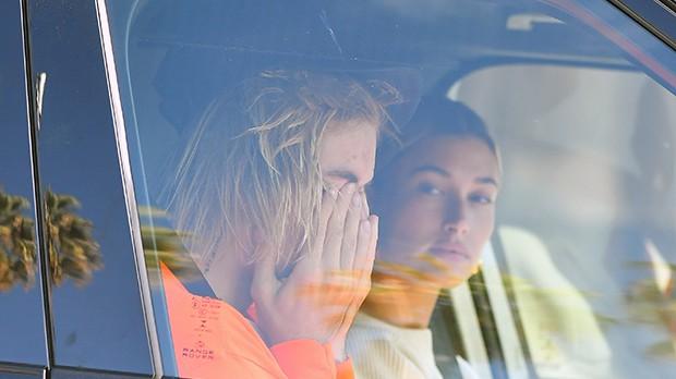 Justin Bieber bật khóc cạnh Hailey Baldwin vì tin Selena Gomez nhập viện điều trị tâm thần? - Ảnh 1.