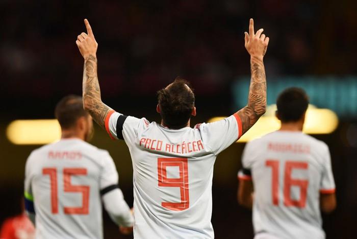 Đồng đội cũ của Messi tỏa sáng, Tây Ban Nha hủy diệt xứ Wales 4-1 - Ảnh 8.
