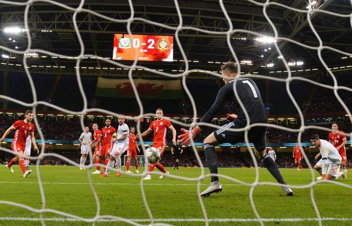 Đồng đội cũ của Messi tỏa sáng, Tây Ban Nha hủy diệt xứ Wales 4-1 - Ảnh 9.