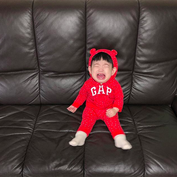 Biểu cảm khóc thét của nhóc tì Hàn Quốc đủ sức làm 1001 meme bi hài trong cuộc đời bạn! - Ảnh 1.
