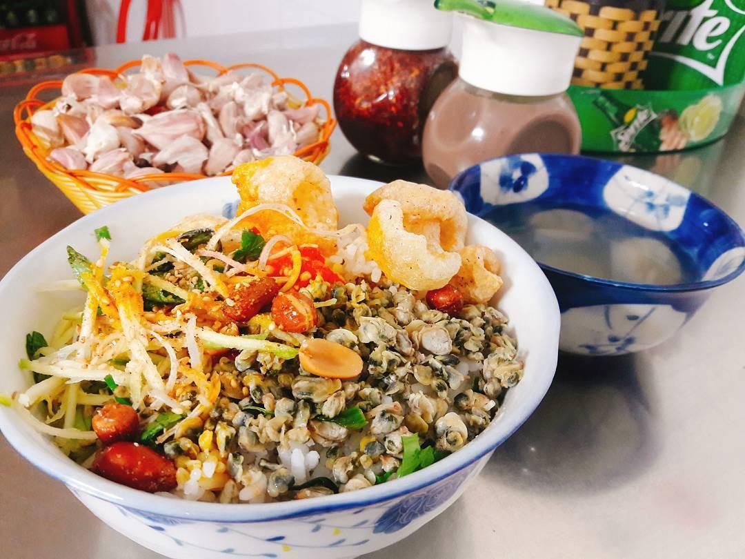 Những món ăn từ hến ở Huế làm thực khách say mê