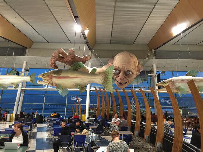 Top 10 sân bay đẹp mê ly, kể cả delay 1 tuần hành khách vẫn vui vẻ chấp nhận - Ảnh 16.