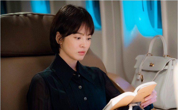Song Hye Kyo: 10 năm nhan sắc đỉnh cao với tóc ngắn- Ảnh 18.