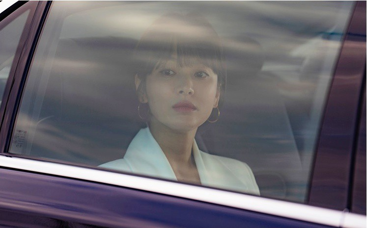 Song Hye Kyo: 10 năm nhan sắc đỉnh cao với tóc ngắn - Ảnh 19.
