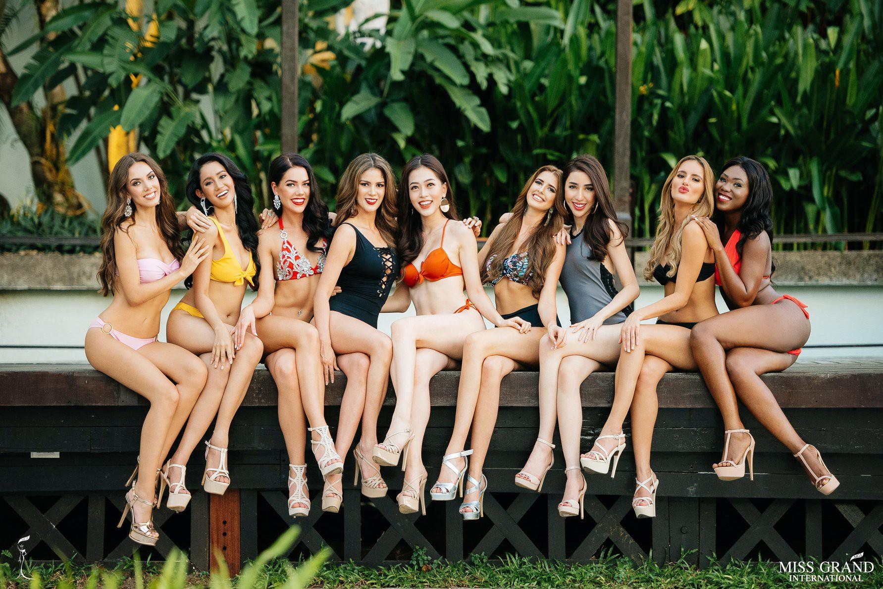 Phương Nga khoe body nóng bỏng, ngồi vị trí trung tâm trong bộ ảnh bikini tại Miss Grand International 2018 - Ảnh 2.