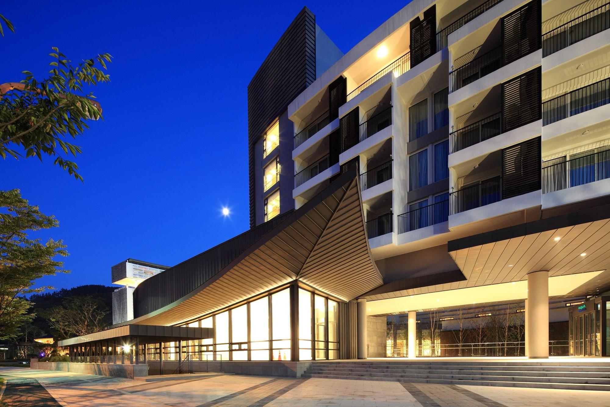arch2o-lotte-buyeo-resort-baeksangwon-kim-seunghoy-seoul-national-university-kywc-architects-15-1539659912969972178834.jpg