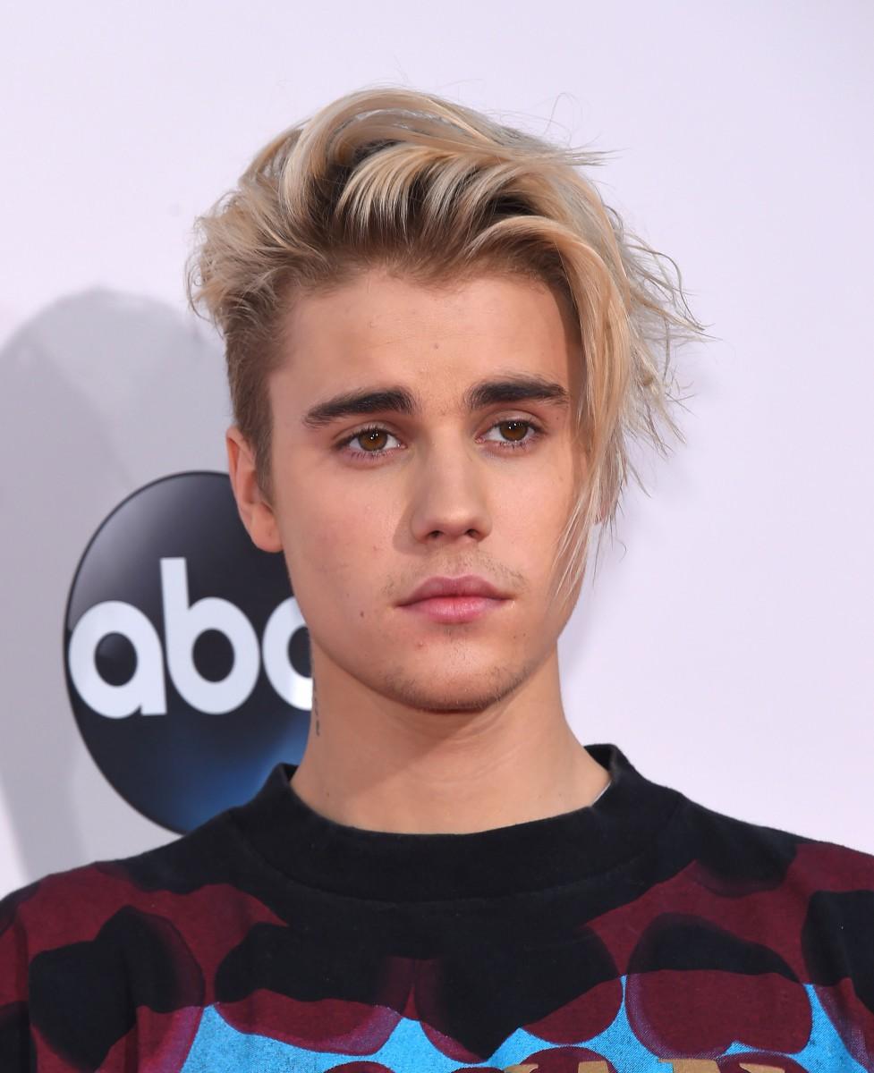 Sau ông hoàng R&B John Legend, gà nhà SM tiếp tục hợp tác cùng Justin Bieber - Ảnh 2.