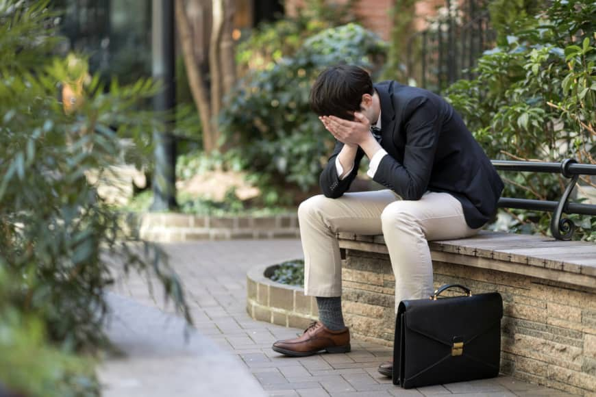 Nhật Bản: đến việc rơi nước mắt cũng cần có giáo viên hướng dẫn, chỉ mong được khóc để bớt muộn phiền - Ảnh 2.