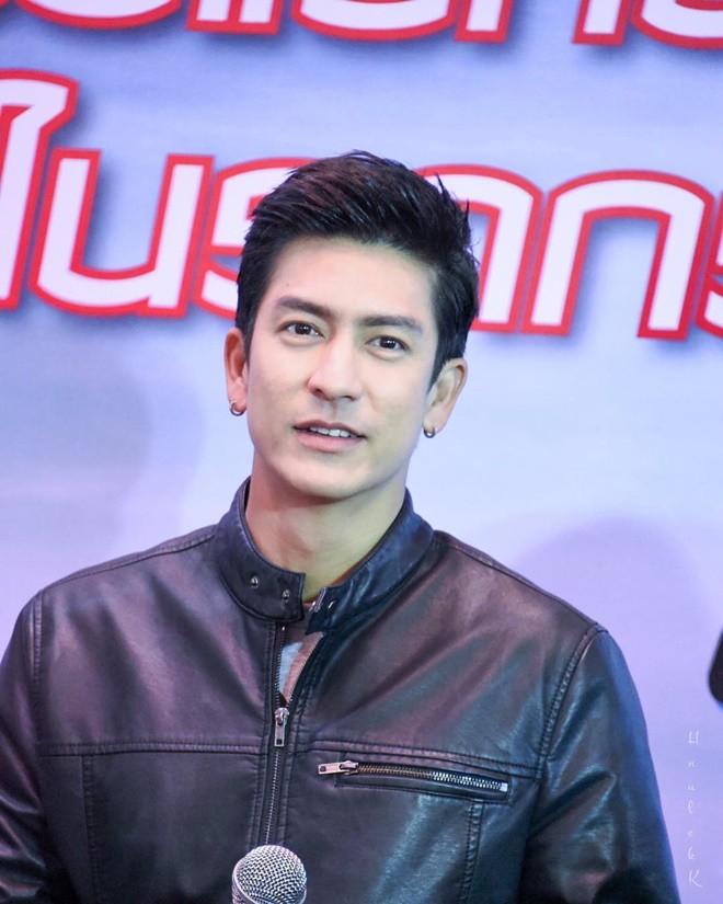 Vượt qua James Ji, Nadech và cả Mario, nam thần điển trai số 1 đài CH3 Thái là ông chú cực phẩm U40 này - Ảnh 31.