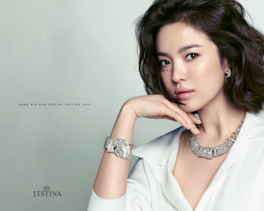 Song Hye Kyo: 10 năm nhan sắc đỉnh cao với tóc ngắn- Ảnh 12.