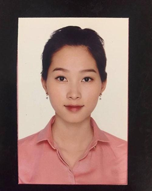 Thủy Tiên khoe ảnh thẻ hai vợ chồng cực trẻ trung, tự ví von như cặp đôi 16-20 tuổi - Ảnh 3.