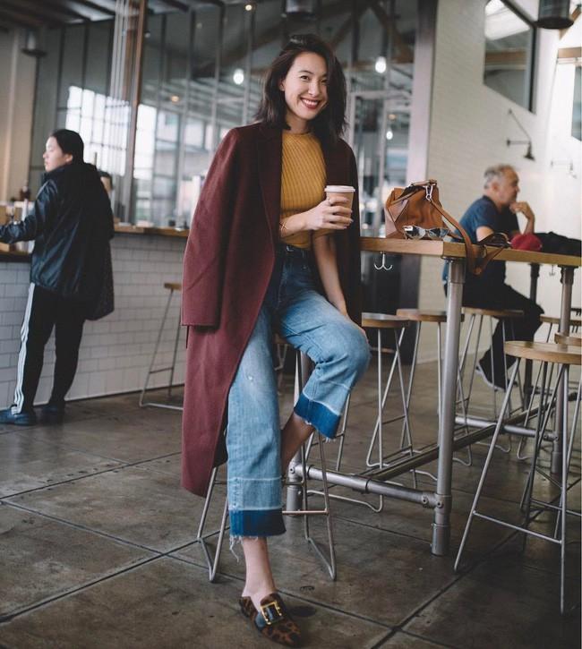 """""""Ngôi sao"""" của mùa đông chính là quần jeans và 15 set đồ sau sẽ giúp các nàng biến hóa tài tình với item này - Ảnh 6."""