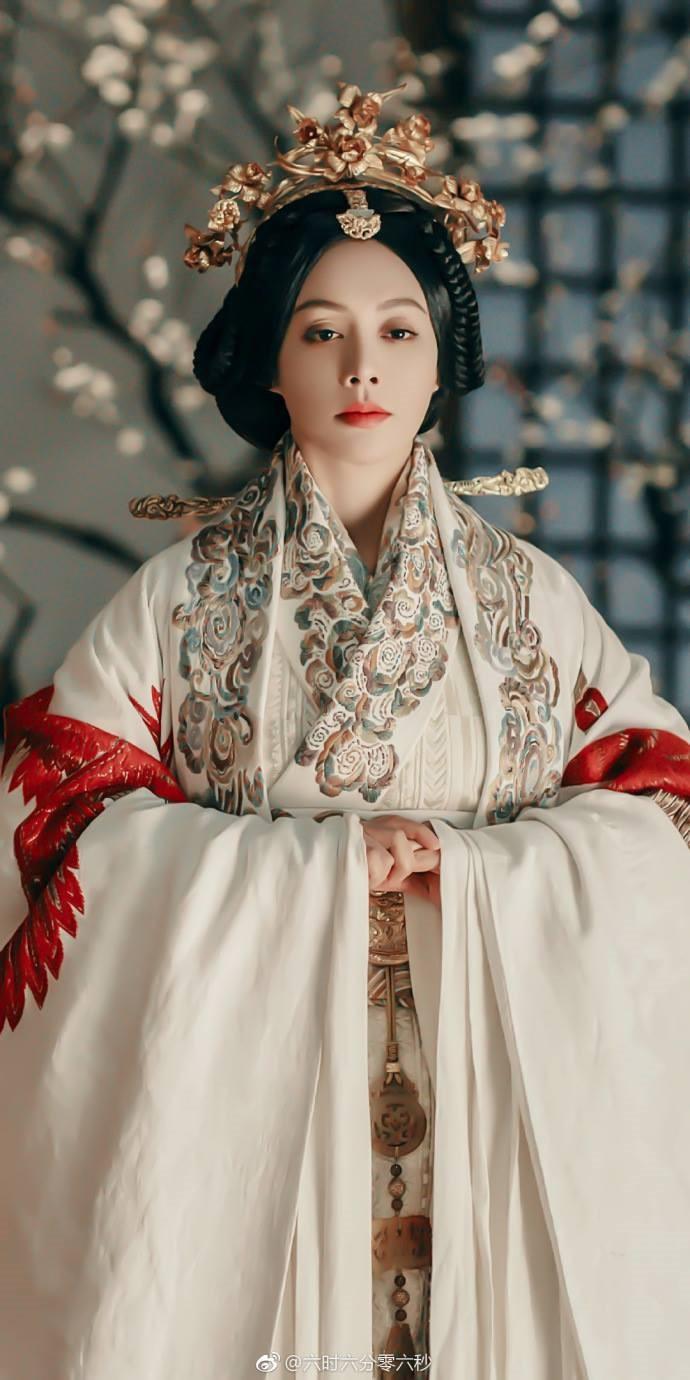 """Ngôn Cẩn Ngôn hóa thành mẹ của Tần Thủy Hoàng trong phim mới """"Hạo Lan Truyện"""" - Ảnh 6."""