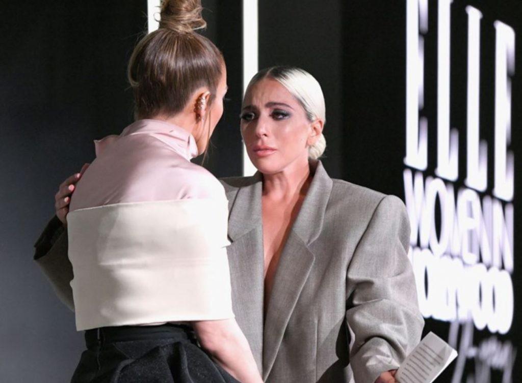 Dân tình chê bộ suit của Lady Gaga thùng thình như bao tải, cô chẳng đoái hoài và lặng lẽ giải thích ý nghĩa - Ảnh 5.