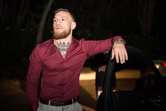 Hậu UFC 229, Gã điên Conor McGregor vung tiền mua hàng hiệu xa xỉ - Ảnh 2.