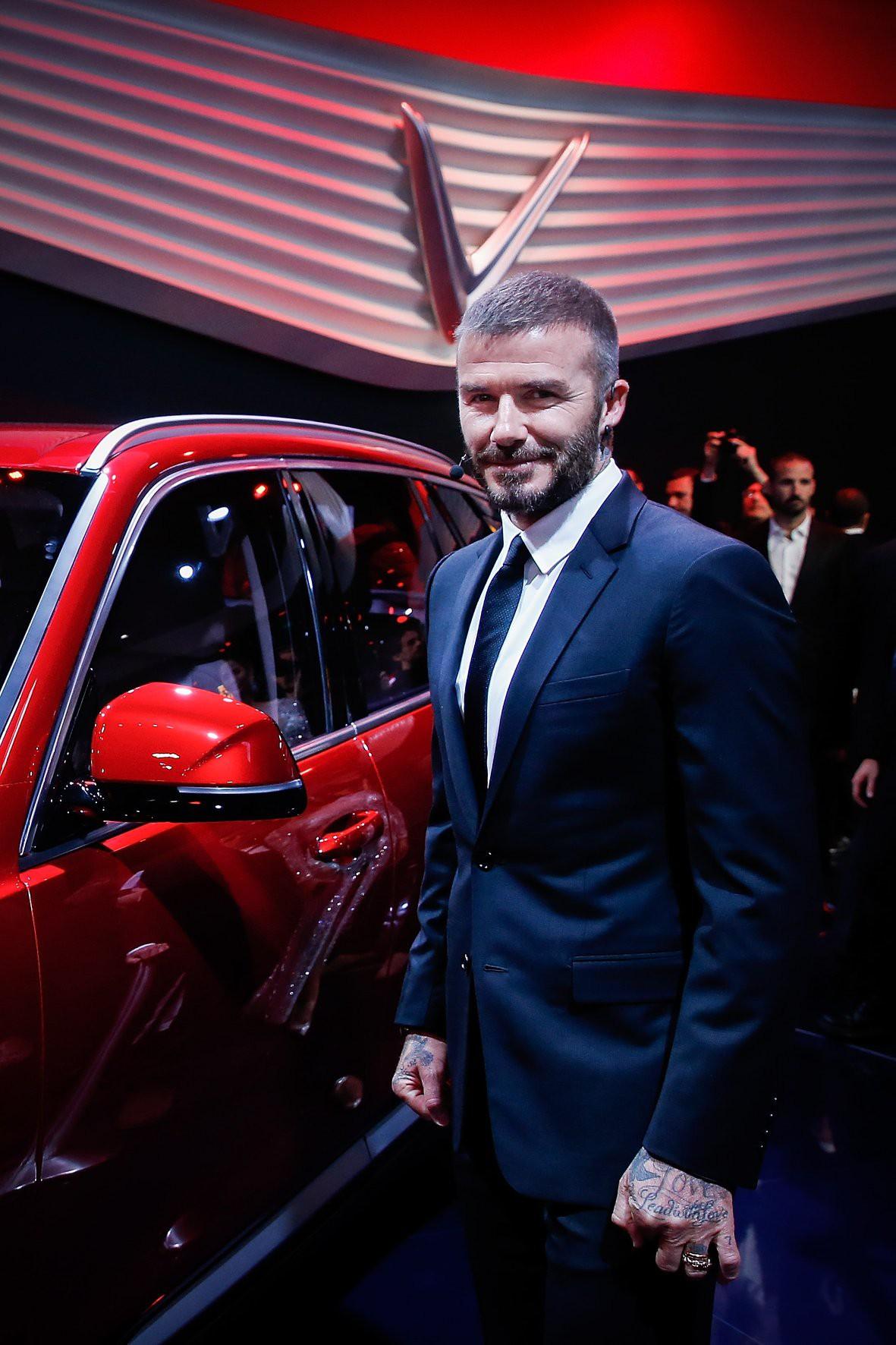 Trở về từ sự kiện ra mắt tầm cỡ của VinFast, David Beckham đăng tải dòng trạng thái khiến dân tình dậy sóng - Ảnh 2.