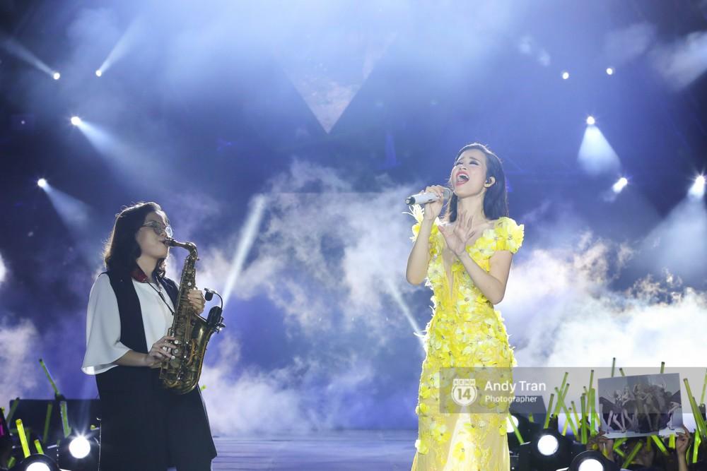 Tròn 2 năm trước, Đông Nhi đánh dấu cột mốc 8 năm ca hát với liveshow 15.000 khán giả - Ảnh 5.