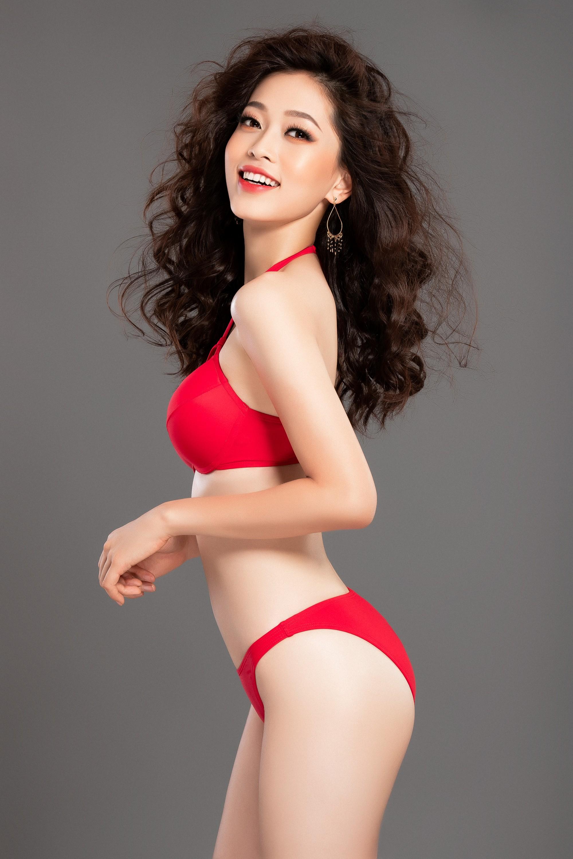 Clip: Á hậu Phương Nga khoe vóc dáng nóng bỏng trước giờ trình diễn bikini tại Miss Grand International 2018 - Ảnh 5.
