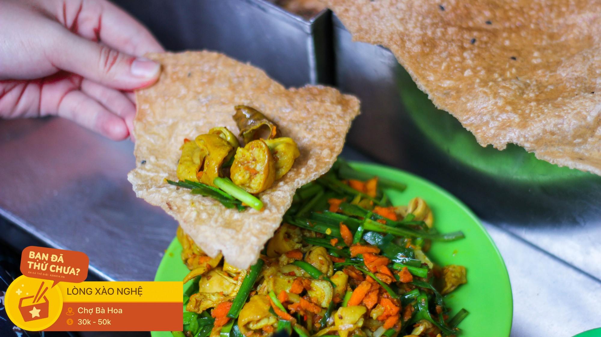 Những món ăn vặt miền Trung hiếm có khó tìm nhất định không thể bỏ lỡ khi đến chợ Bà Hoa - Ảnh 2.