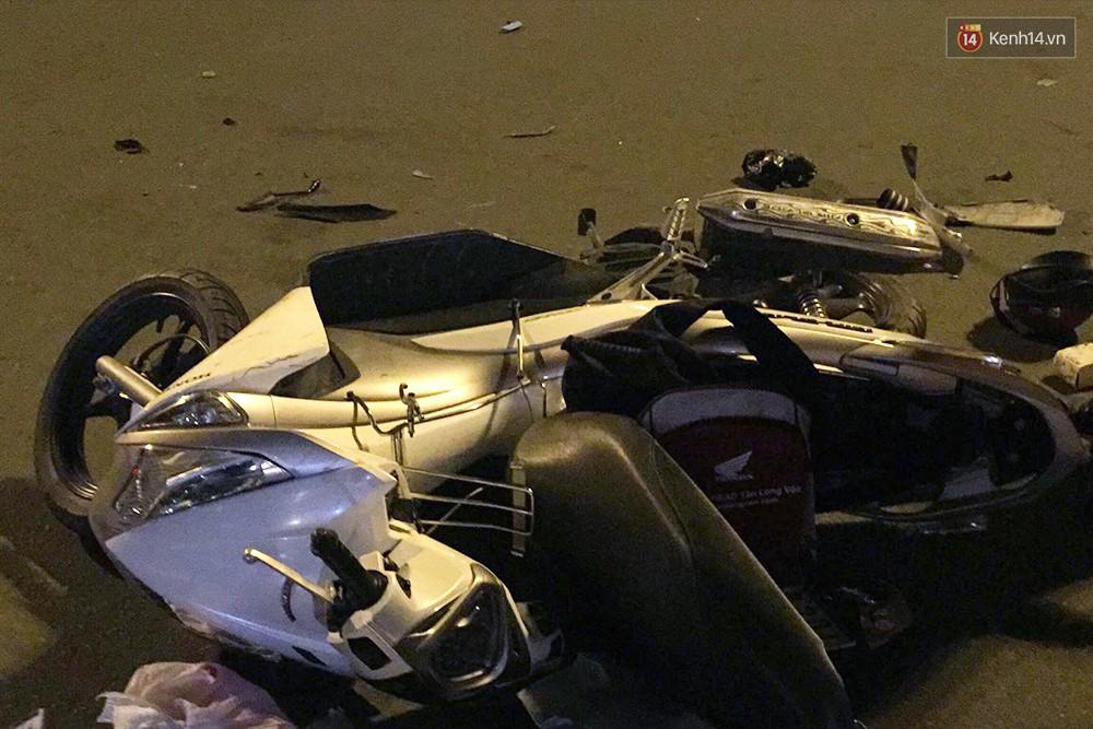 Ảnh: Hiện trường vụ nữ tài xế điều khiển xe BMW gây tai nạn kinh hoàng ở ngã tư Hàng Xanh - Ảnh 5.