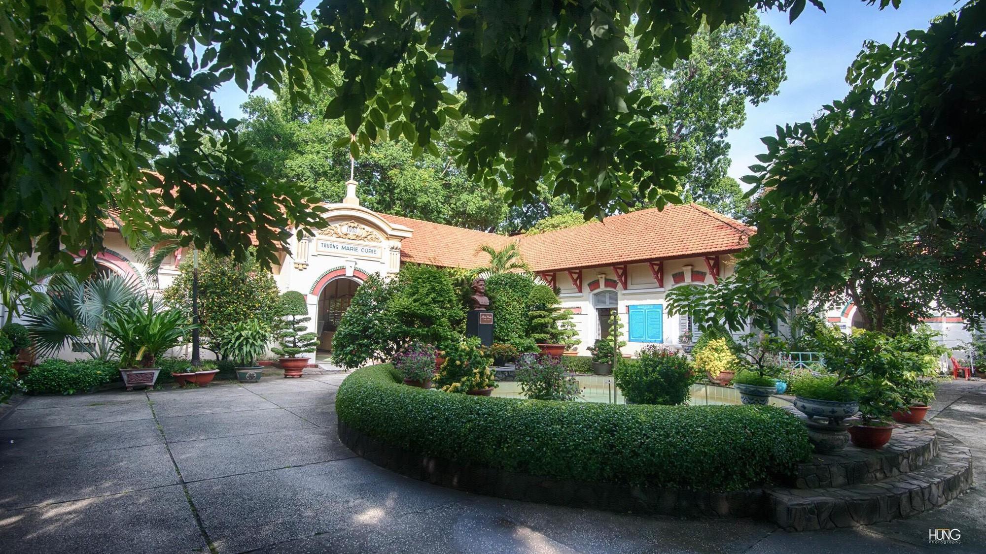 Ngôi trường cấp 3 siêu đỉnh ở Sài Gòn, cựu học sinh toàn sao hot, trai xinh gái đẹp, người thành công có sức ảnh hưởng - Ảnh 7.