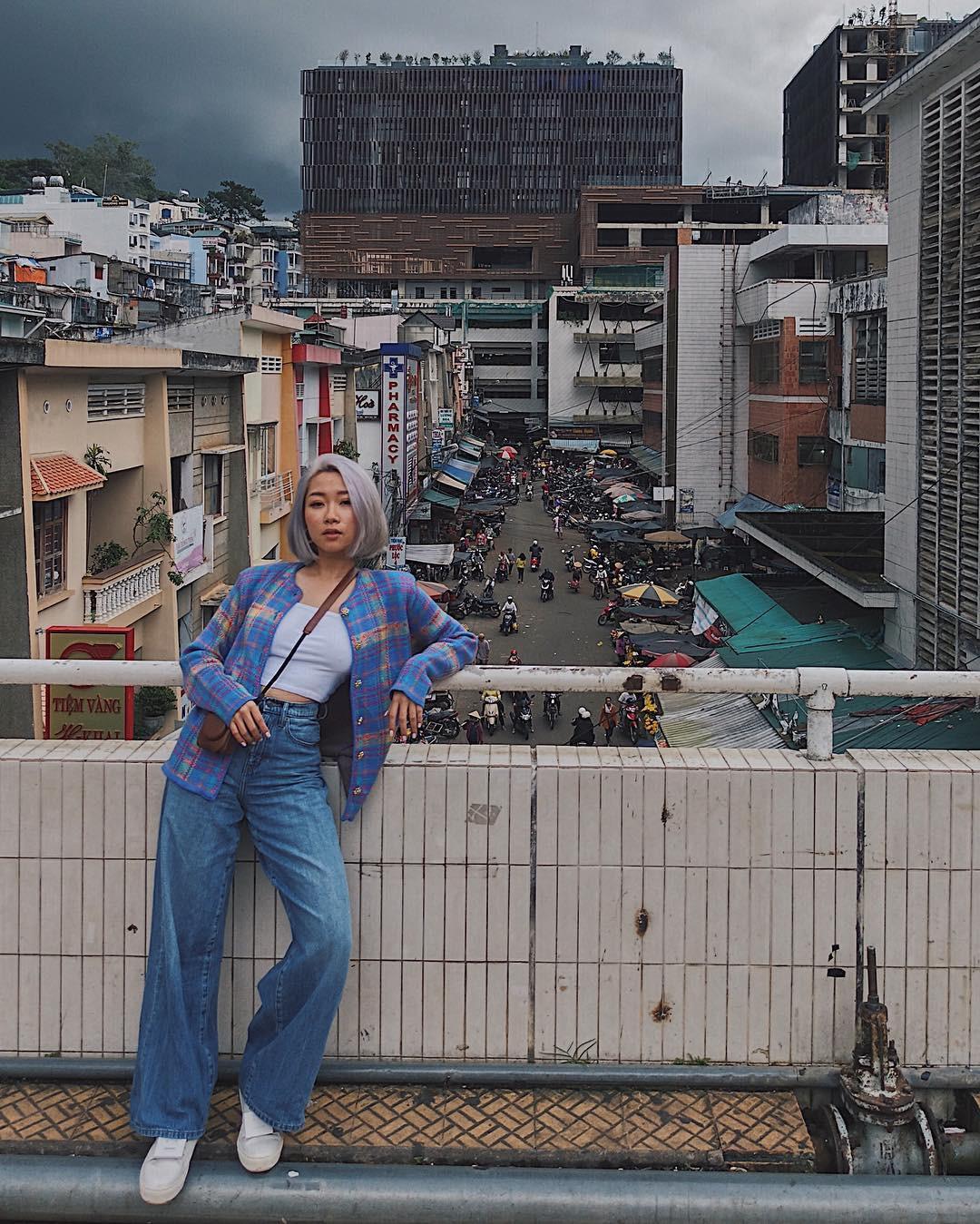 Chụp ảnh style Hồng Kông trong phút mốt ở ngay góc chợ Đà Lạt - Ảnh 4.