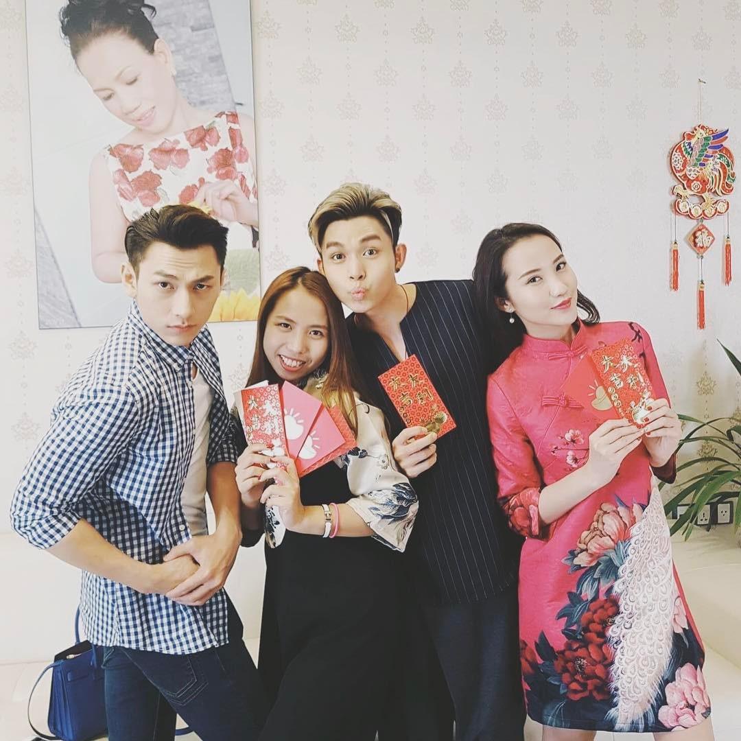 Hội bạn thân của Primmy Trương: Toàn trai xinh, gái đẹp giàu có và nổi tiếng - Ảnh 13.