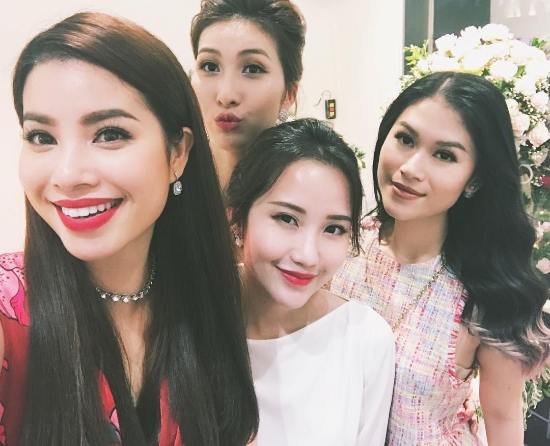 Hội bạn thân của Primmy Trương: Toàn trai xinh, gái đẹp giàu có và nổi tiếng - Ảnh 21.