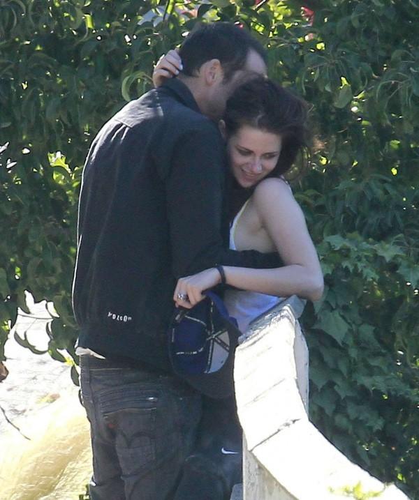 Dàn sao Twilight sau 10 năm: Người hẹn hò đồng giới, kẻ phát phì, thiên thần nhí trong phim thì lột xác ngoạn mục - Ảnh 3.