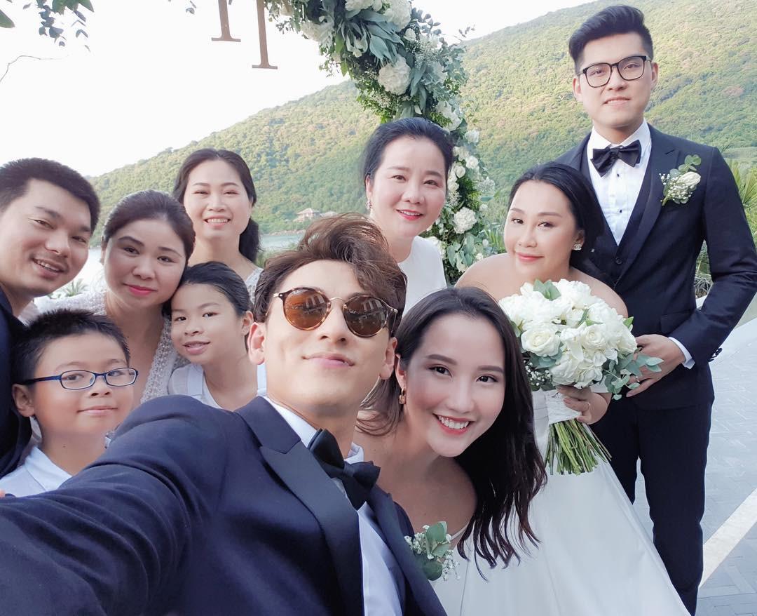 Hội bạn thân của Primmy Trương: Toàn trai xinh, gái đẹp giàu có và nổi tiếng - Ảnh 17.