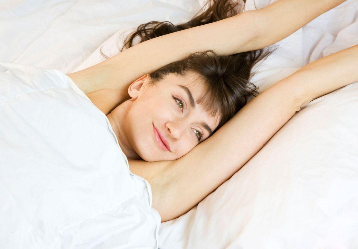 5 thói quen nên thực hiện đều đặn vào buổi sáng để giúp cơ thể vừa khỏe lại vừa đẹp - Ảnh 1.