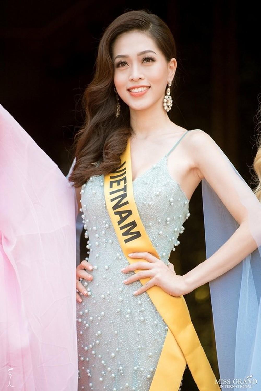 Miss Grand International tung bảng xếp hạng quan trọng trước giờ G chung kết, Phương Nga giữ vị trí cao - Ảnh 3.