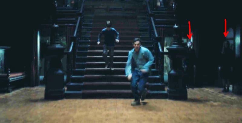 Căng cả mắt để đếm ma trong phim siêu kinh dị The Haunting of Hill House - Ảnh 3.